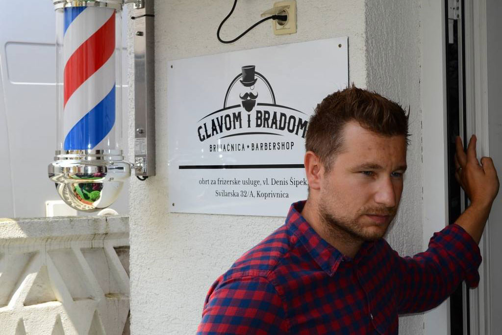Denis Šipek, vlasnik brijačnice Glavom i bradom iz KoprivniceDenis Šipek