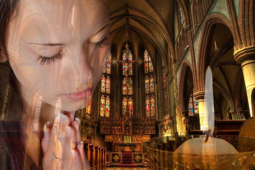 Molitva u crkvi