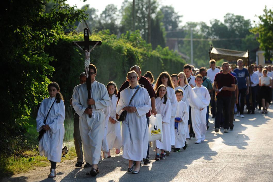Tijelovo u Močilama - procesija
