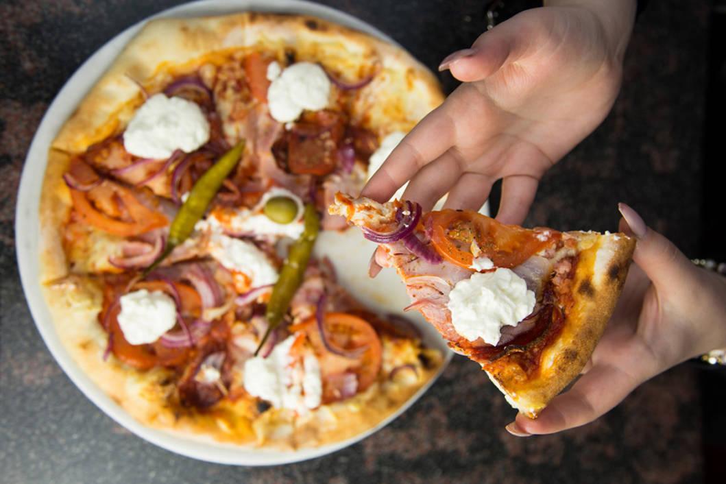 Pizza iz popularne koprivničke Pizzerije Kalimero