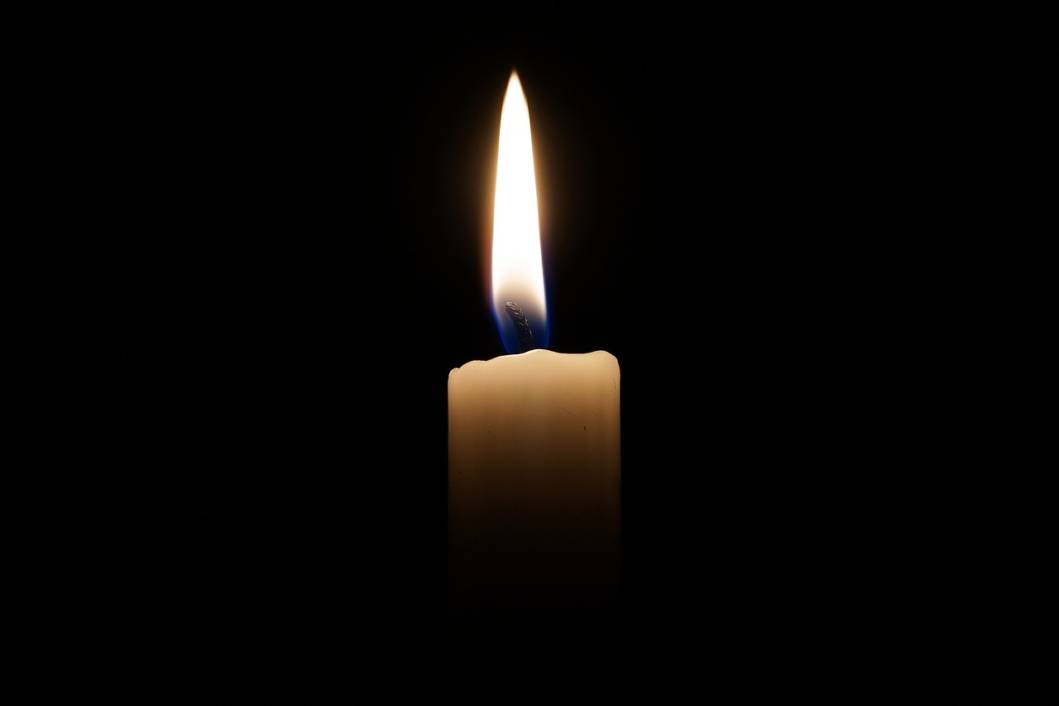 Zapaljena svijeća