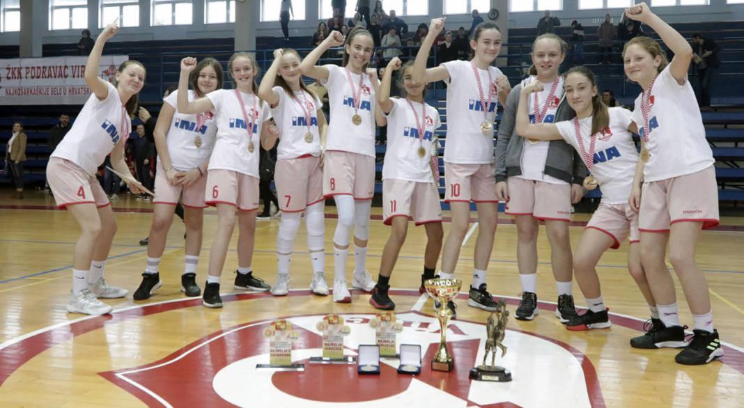 Veliko slavlje mladih košarkašica Podravca iz Virja