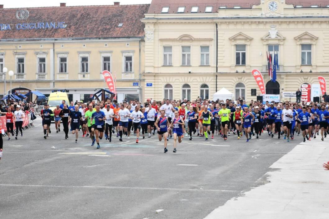 Trkači i trkačice Koprivničkog polumaratona u Koprivnici