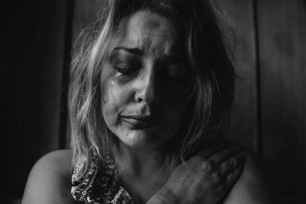 Pretučena žena žrtva obiteljskog nasilja