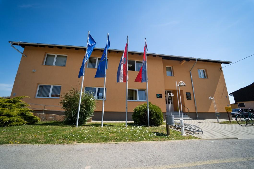 Općina Koprivnički Ivanec // Foto: Luka Krušec / LuMedia - zgrada Općine Koprivnički Ivanec
