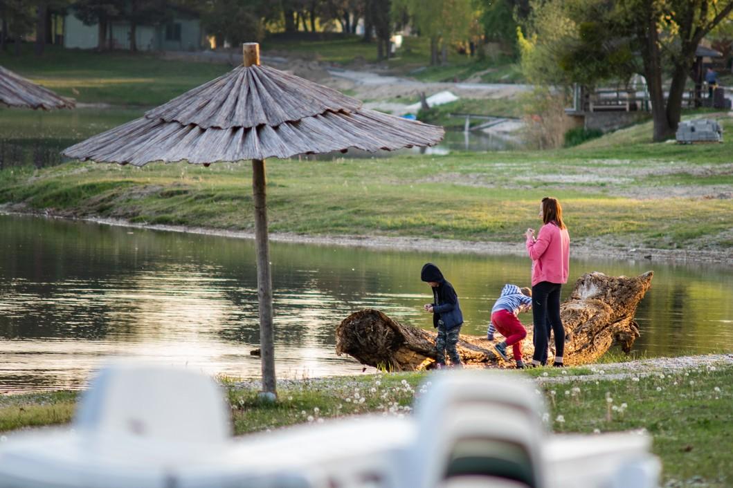 Uživancija na jezeru Šoderica // Foto: Luka Krušec / LuMedia