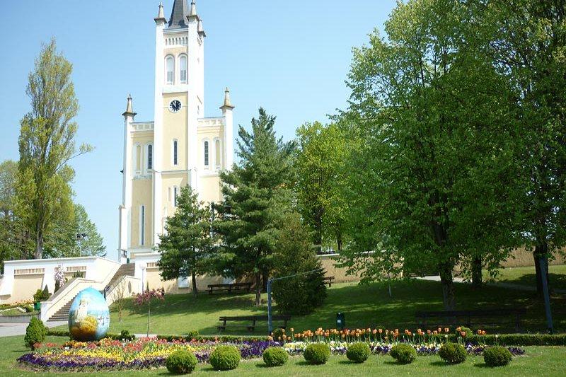 Crkva Uznesenja Blažene Djevice Marije u Molvama
