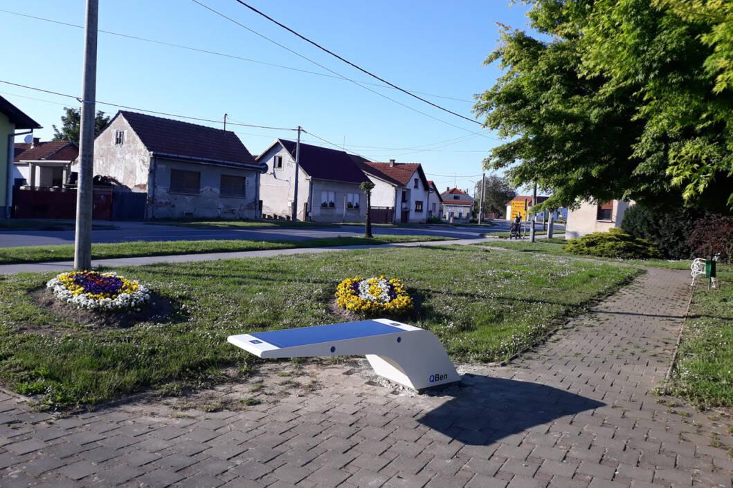 QBen Wave pametne klupe u Novigradu Podravskom