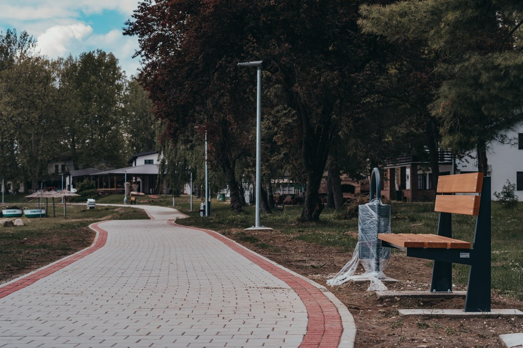 Šetnica na jezeru Šoderica // Foto: Luka Krušec / LuMedia