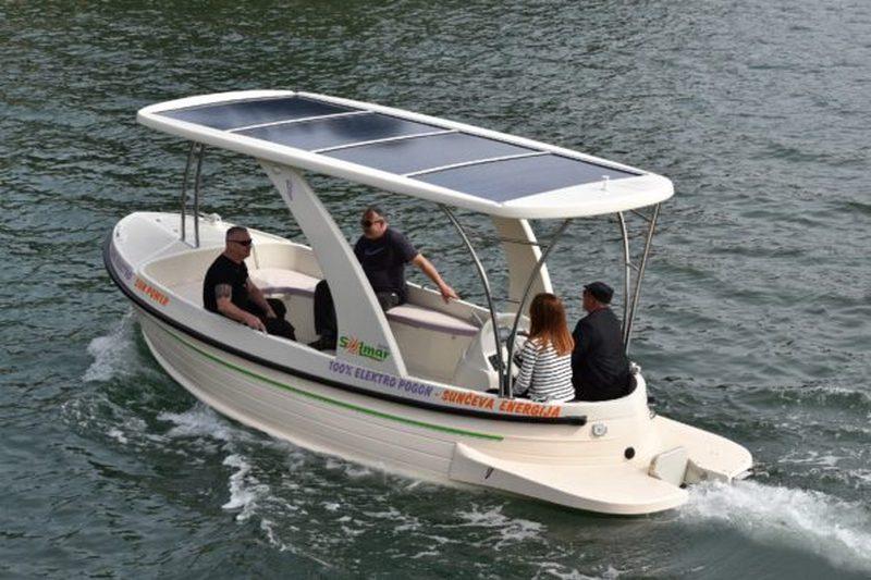 Solarni čamac