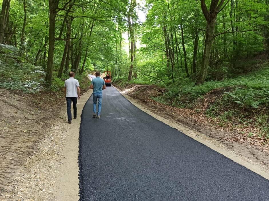 Asfaltiranje nerazvrstanih cesta i spojeva na području Đurđevca