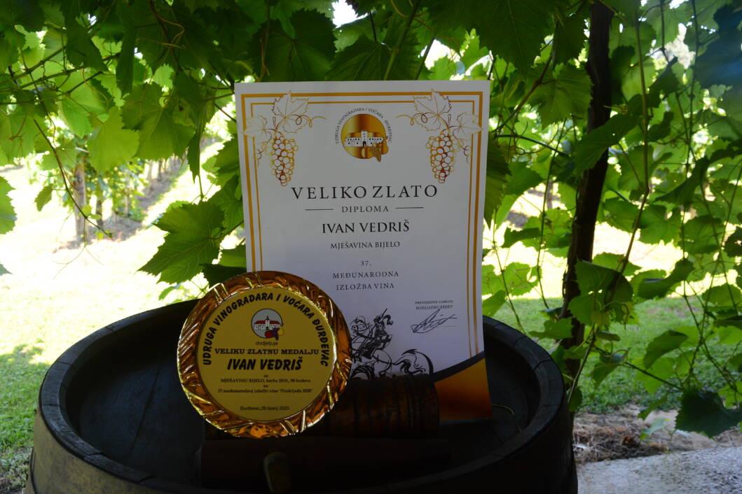 Diploma Ivanu Vedrišu za mješavinu vina