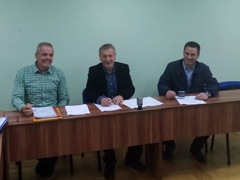 Potpisivanje ugovora o izvođenju radova na dvorani Vatrogasnog doma