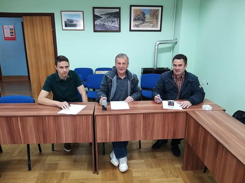 Potpisivanje ugovora za postavljanje nadstrešnica na autobusnim stajalištima na području općine Novigrad Podravski