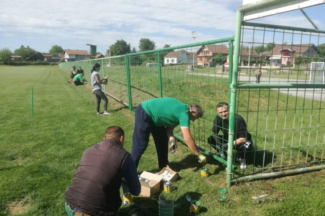 Radna akcija na stadionu NK Drave u Novigradu Podravskom