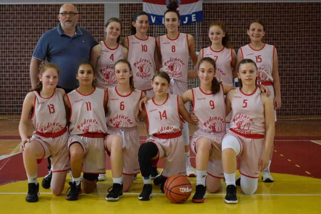 Mlade košarkašice Podravca iz Virja