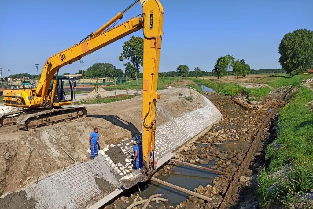Uređenje kanala Čivičevac kod ŠRC-a u Đurđevcu