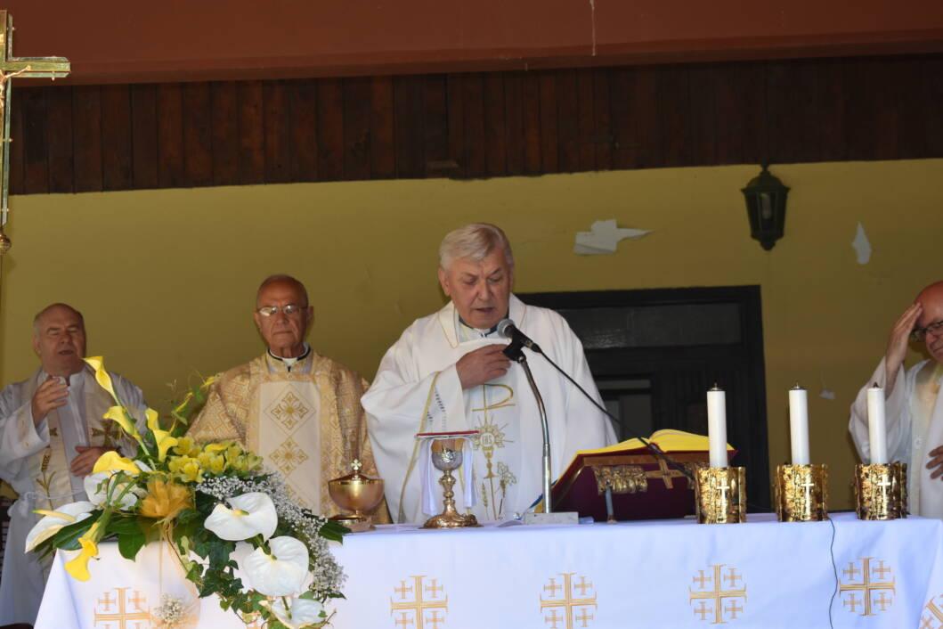 Zlatna misa mons. Leonarda Logožara