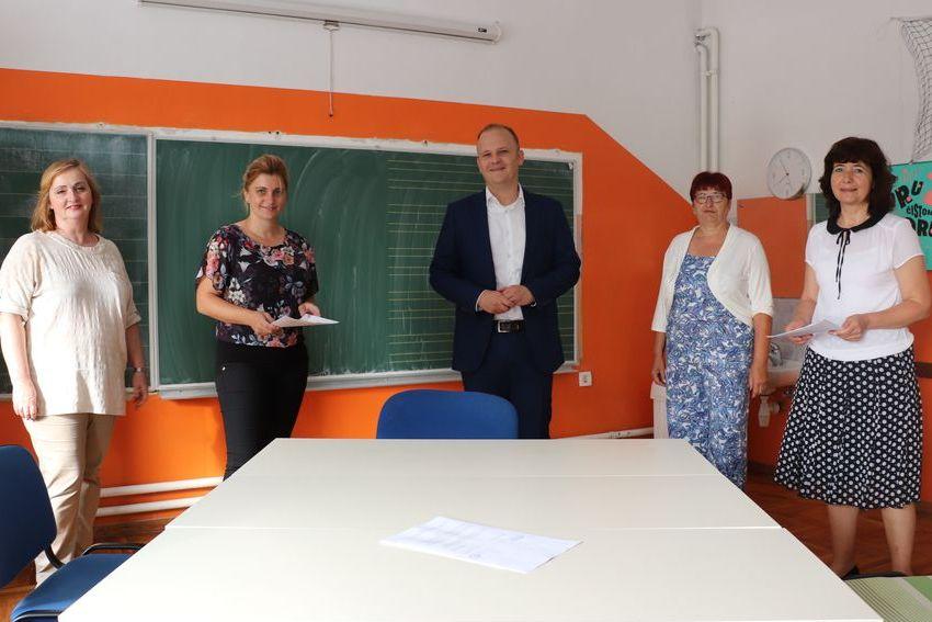 Potpisivanje ugovora za izgradnju i opremanje blagovaonice u PS Vinica