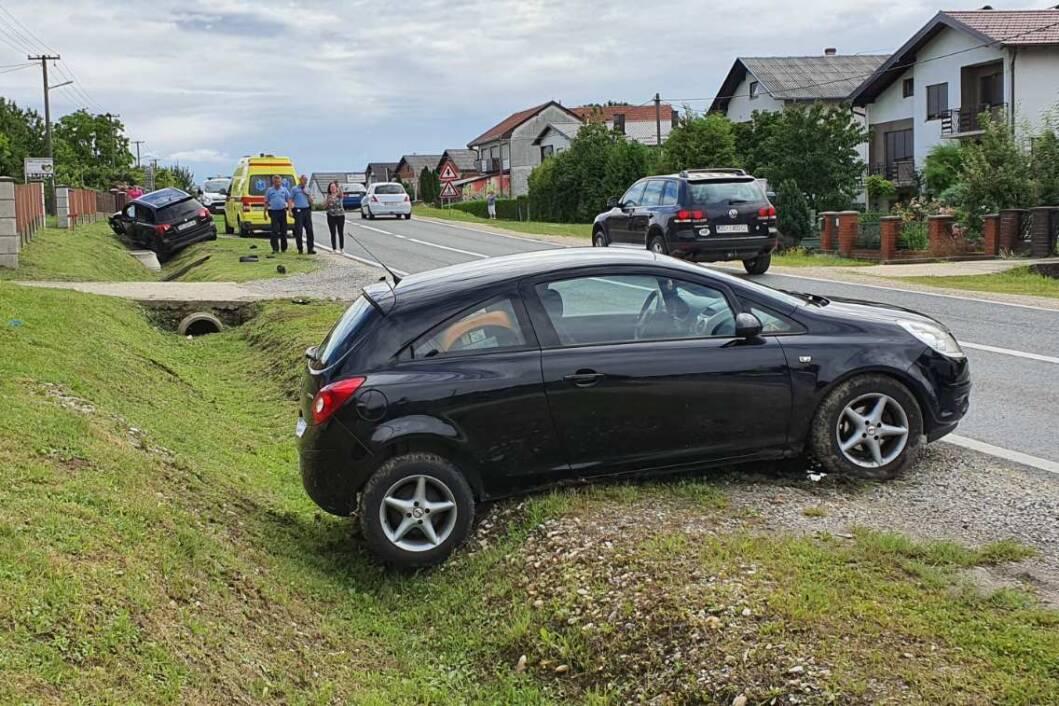 Prometna nesreća sudar automobila