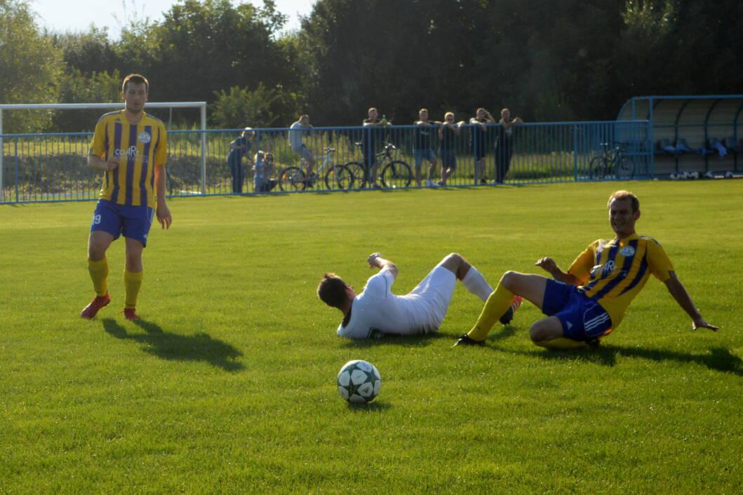 Detalj s utakmice Sloge i Miklinovca u Koprivničkom Ivancu // Foto: Zvonimir Markač