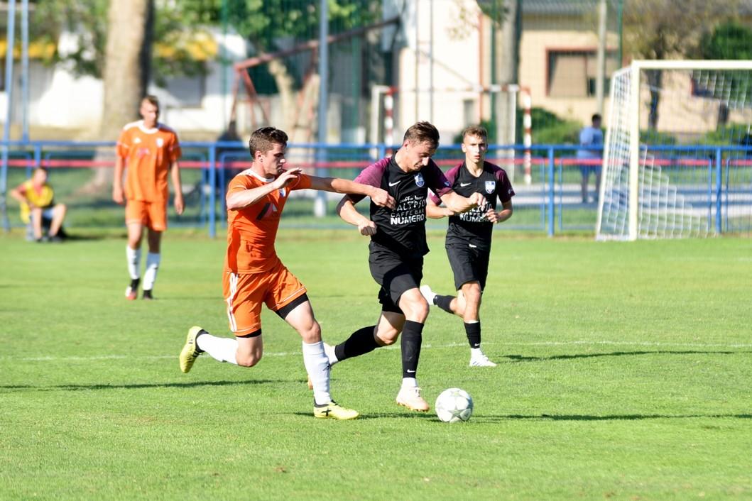 Detalj s utakmice između Ferdinandovca i Ivančice
