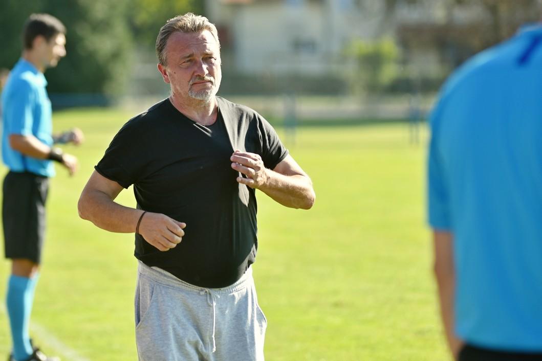 Trener Mladen Karan
