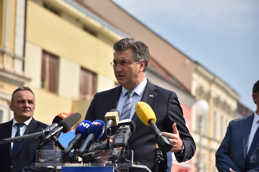 Premijer Plenković u Koprivnici // Foto: Luka Krušec / LuMedia