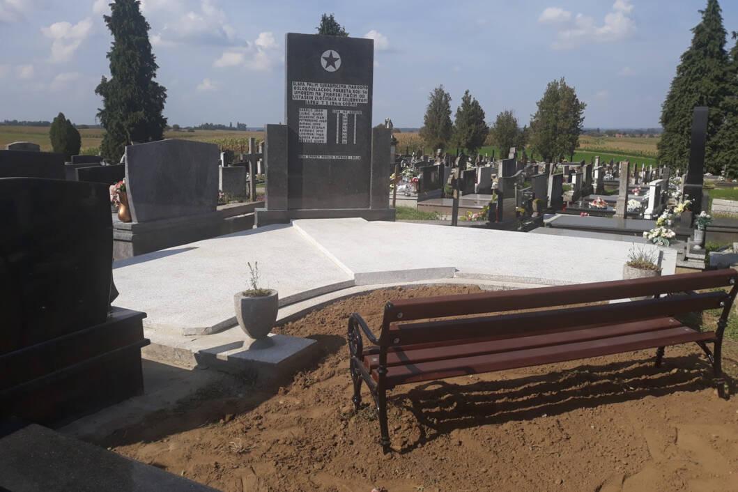 Obnovljen spomenik desetorici na groblju sveta Klara u Novigradu Podravskom