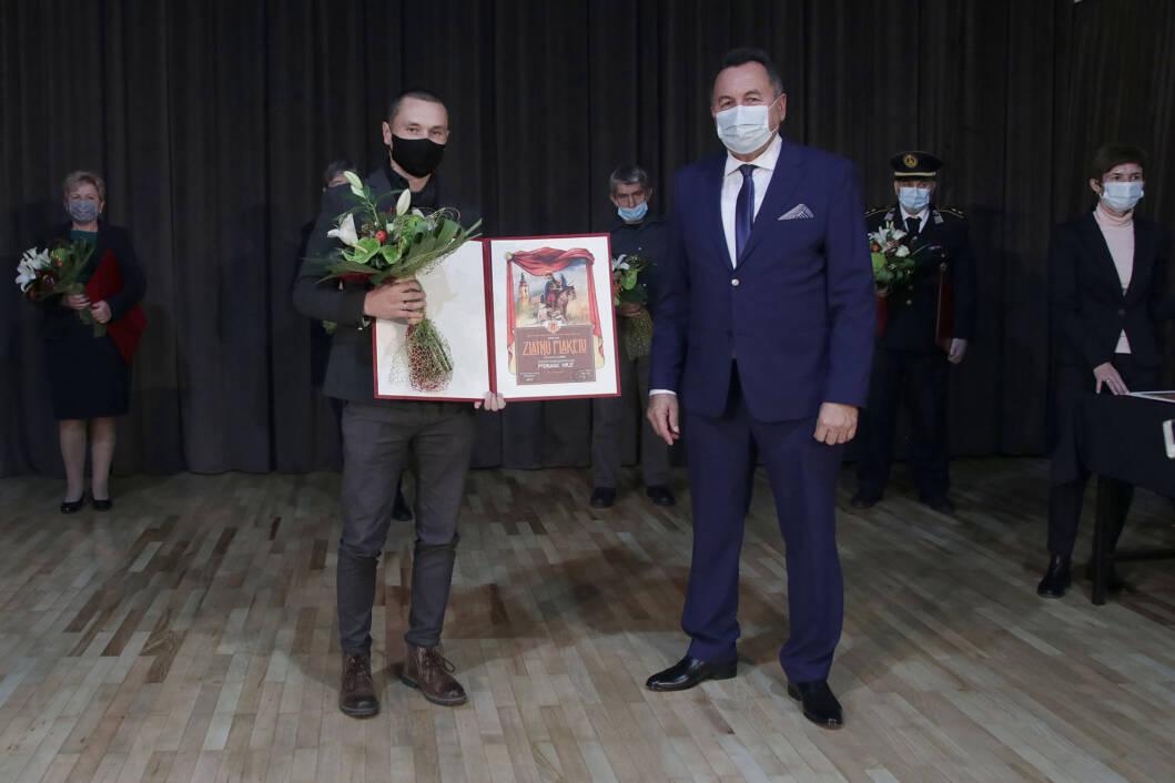 Robert Čimin, predsjednik ŽKK Podravac Virje, i Mirko Perok, načelnik Općine Virje