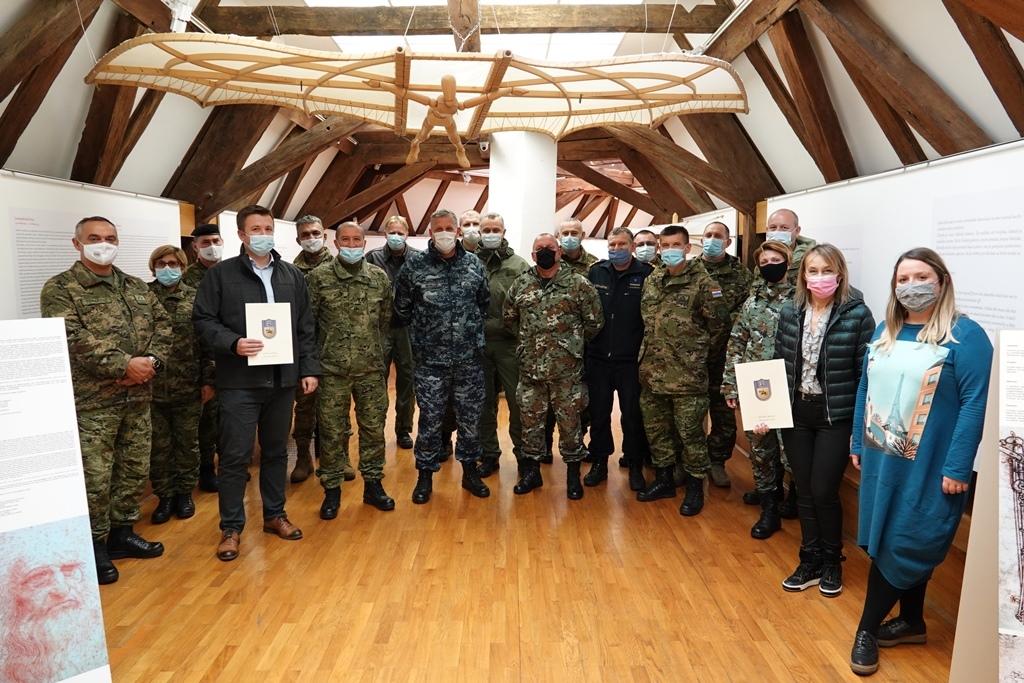 Polaznici Ratne škole ban Josip Jelačić u Đurđevcu