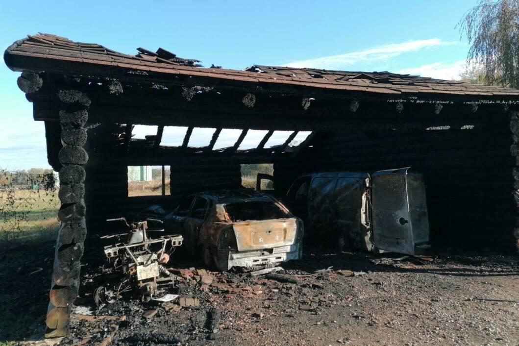 Garaža je u potpunosti izgorjela