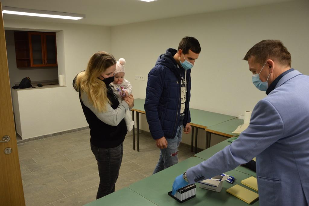 Načelnik Općine Mali Bukovec osobno je uručio naknade roditeljima novorođenčadi i drugima