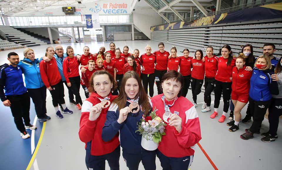 Ljerka Vresk, Dejana Milosavljević i Snježana Petika brončane su s Europskog rukometnog prvenstva