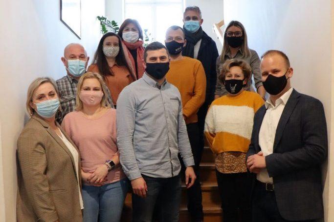 Vlasnici obrta za čuvanje djece, gradonačelnik Mišel Jakšić i zamjenica gradonačelnika Melita Samoborec