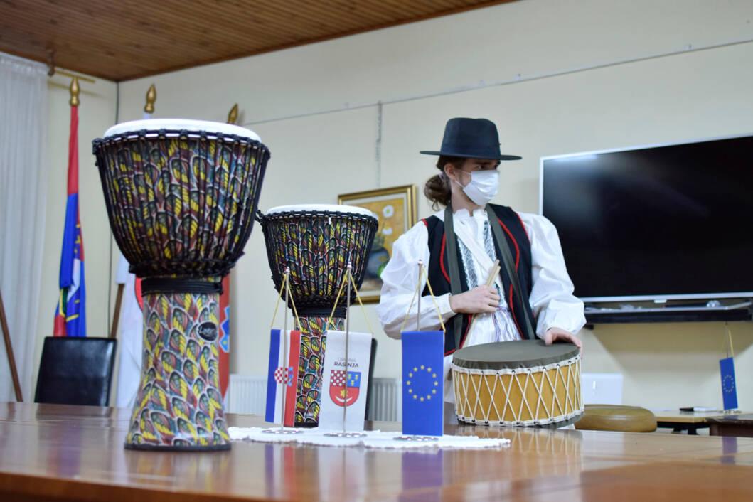 Rasinjski seoski bubnjar