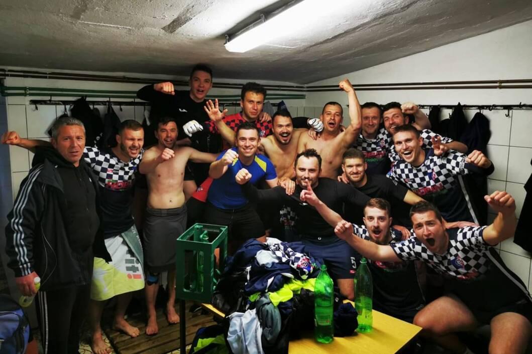 Slavlje nogometaša Osvita iz Đelekovca