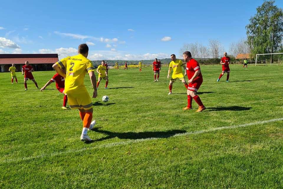 Detalj s utakmice između Rudara i Sabarije u Botinovcu