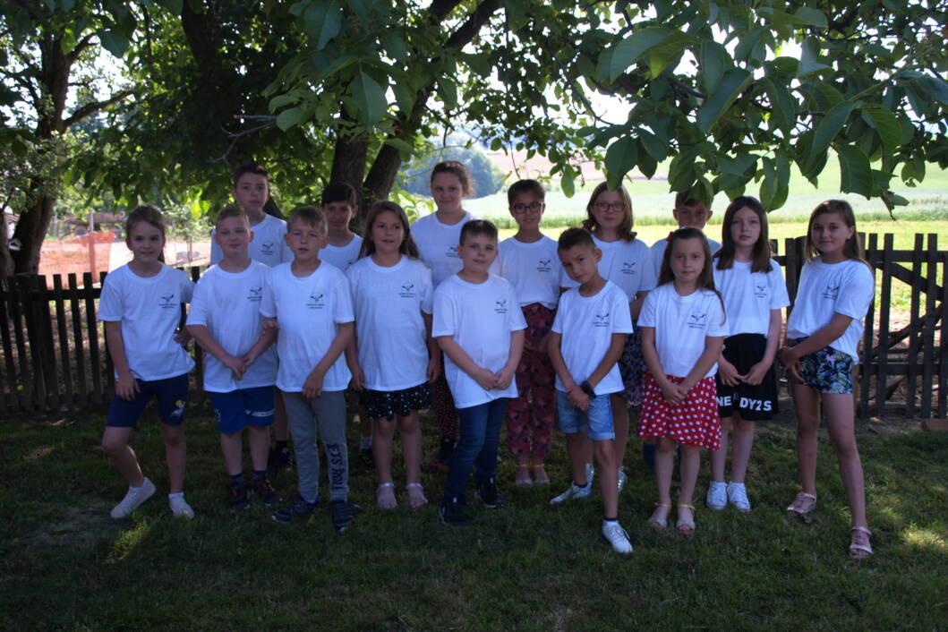 Učenici Područne škole Srijem