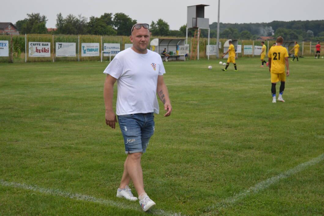 Trener Mladosti iz Koprivničkih Bregi Edi Blažeković