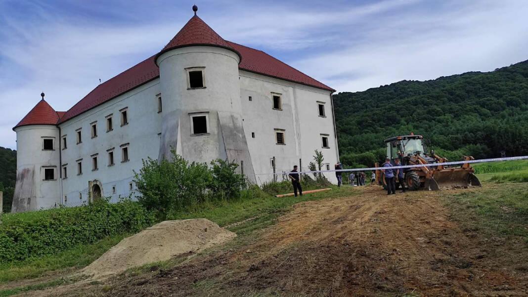Očevid na mjestu tragedije kraj dvorca Bela 2
