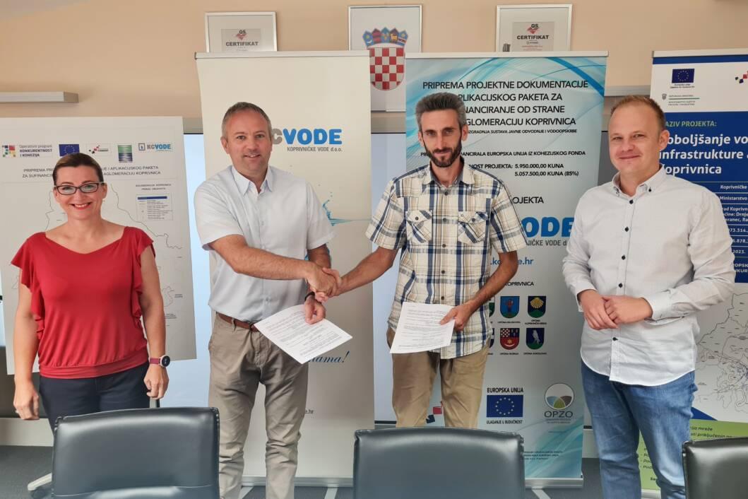 Potpisan aneks Kolektivnog ugovora sa sindikatom Koprivničkih voda // Foto: KC vode